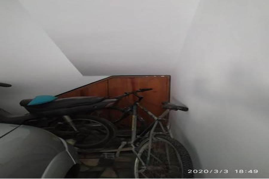 Villa Lynch, Buenos Aires, Argentina, 5 Habitaciones Habitaciones, ,2 BathroomsBathrooms,Casas,Venta,Nuestra SeÑora Del Rosario 968 PB1,1012