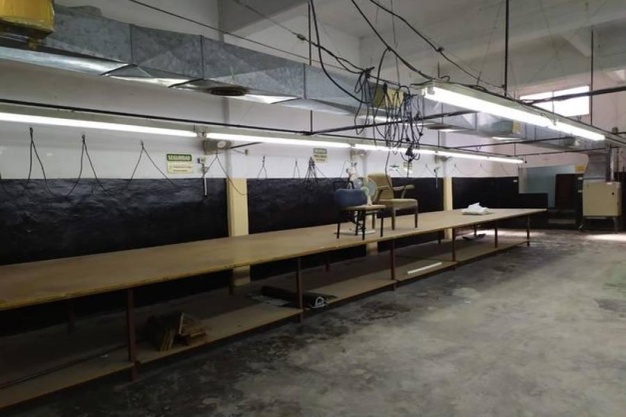 G.B.A. Zona Oeste - Tres de Febrero - Ciudadela, Buenos Aires, Argentina, 3 Habitaciones Habitaciones,4 BathroomsBathrooms,Locales y Oficinas,Alquiler,Ingeniero Amoretti,1018