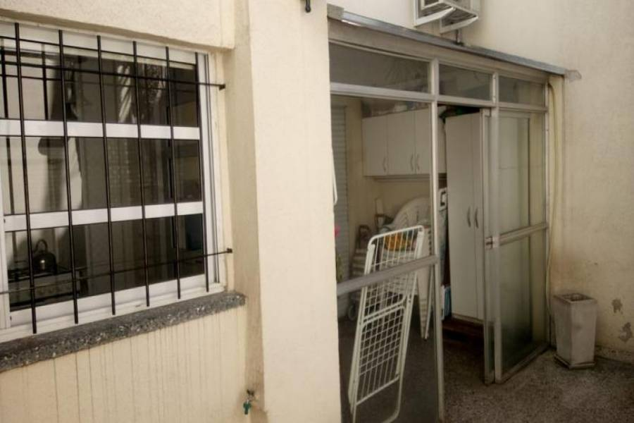 Parque Avellaneda, Capital Federal, Argentina, 3 Habitaciones Habitaciones, ,2 BathroomsBathrooms,Apartamentos,Venta,Jose Bonifacio ,1023