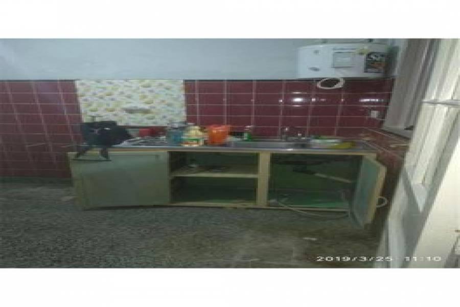 G.B.A. Zona Oeste, Buenos Aires, Argentina, 3 Habitaciones Habitaciones, ,1 BañoBathrooms,Casas,Venta,Santa Fe ,1038