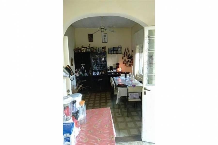 G.B.A. Zona Oeste, Buenos Aires, Argentina, ,PH Tipo Casa,Venta,El Matadero,1043