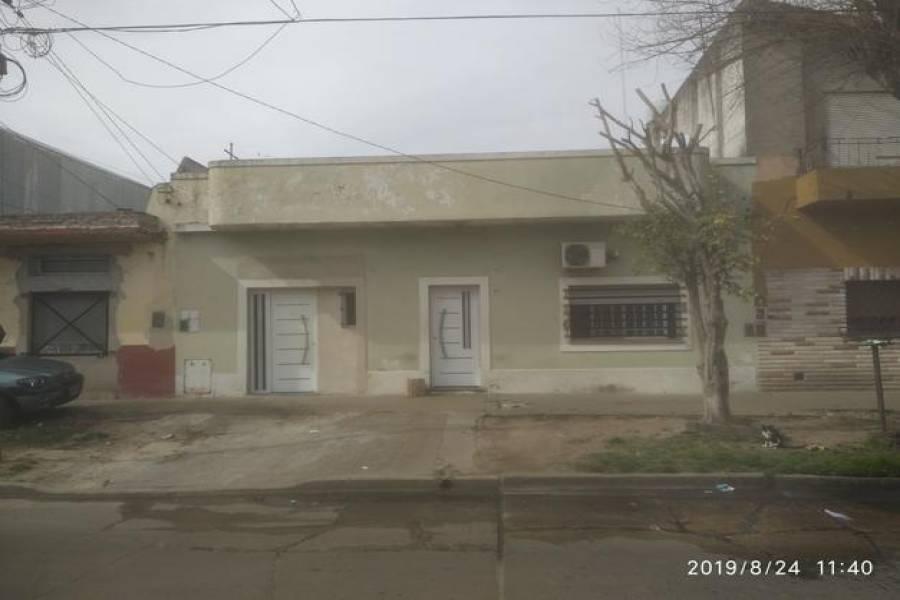 G.B.A. Zona Norte, Buenos Aires, Argentina, 2 Habitaciones Habitaciones, ,3 BathroomsBathrooms,Casas,Venta,Sarmiento,1048